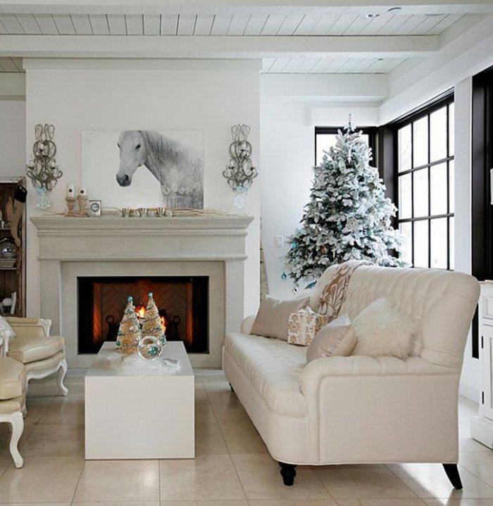Elegante Weihnachtsdeko Wohnzimmer Kamin Gemütliche Atmosphäre Helle Farben  Kreative, Alternative Und Traditionelle Weihnachtsdekoration Für Ihr Zuhause  ...