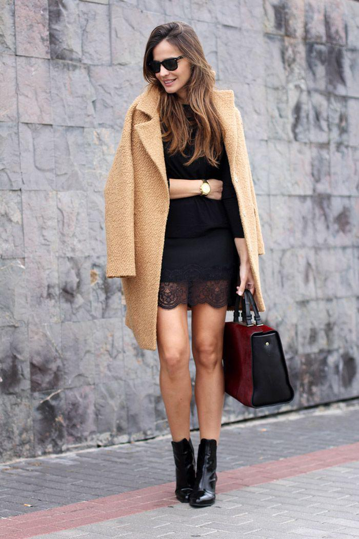 extravagante-Vision-romantisches-Kleid-Spitze-mantel-Karamell-Farbe-Sonnenbrille