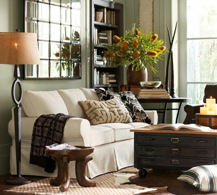 gemütliches-Wohnzimmer-aristokratische-Möbel-vintage-Dekoration