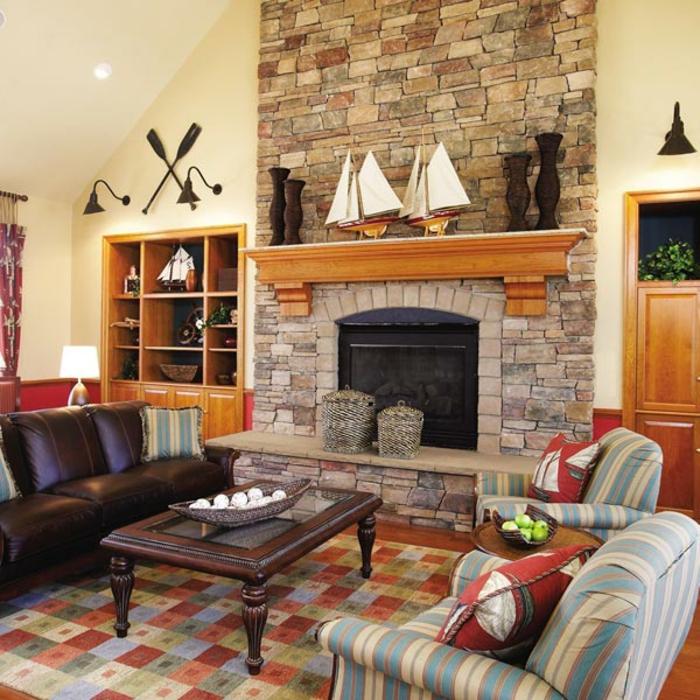 gemauerter-kamin-interessante-ausstattung-von-wohnzimmer