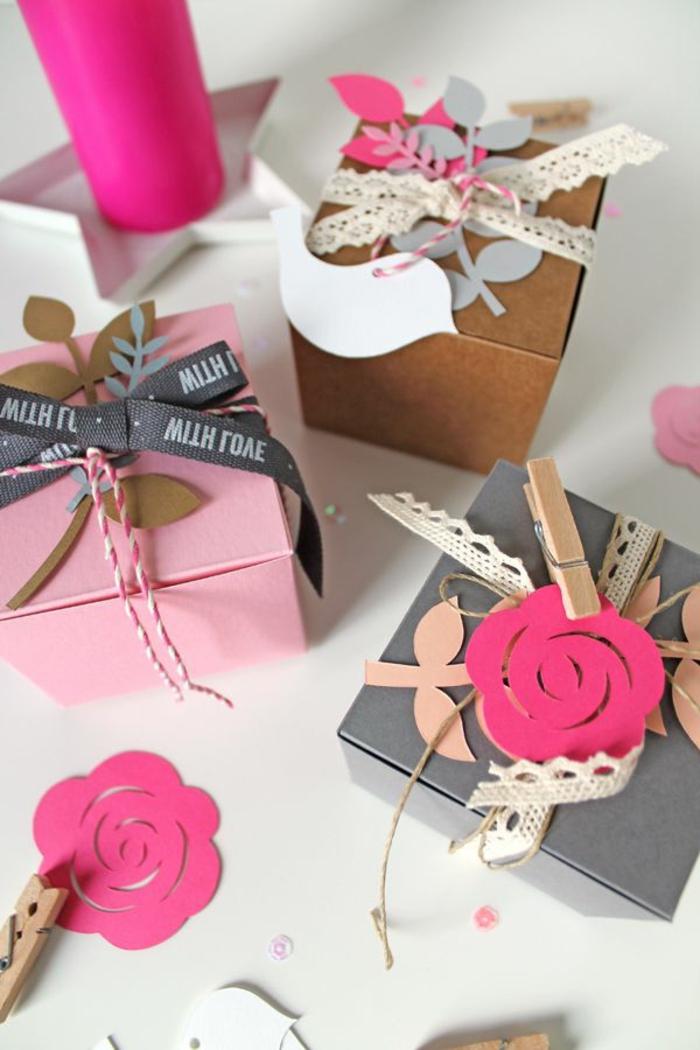 geschenke-schön-verpacken-Papier-Blumen-Dekoration-Spitze-romantische-kokette-Idee