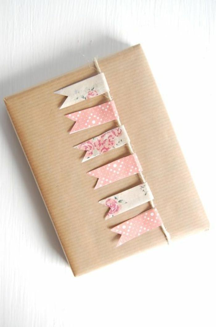 geschenke-schön-verpacken-romantisch-kokett