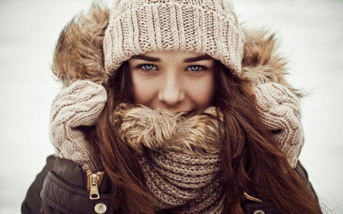 gestrickter-Schlauchschal-Winter-Kleidung-2015-Mode-Tendenz
