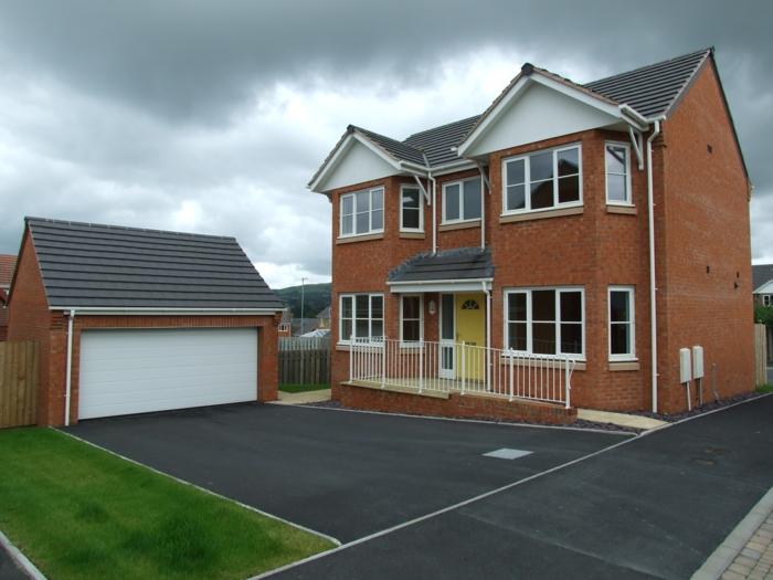 Braune Farbe   Einfamilienhaus   Interessante Grundrisse Häuser