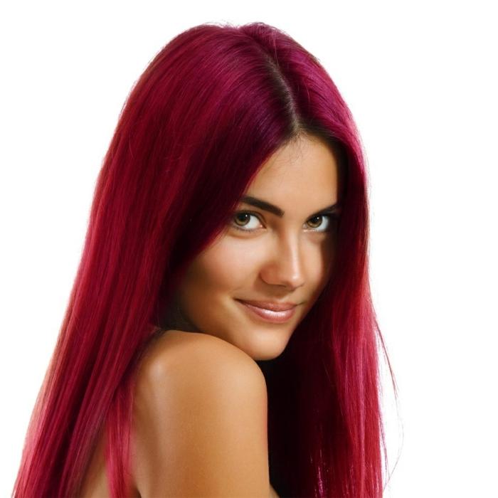 haarfarbe-rot-weißer-hintergrund-glatte-frisur