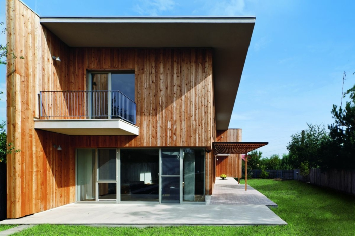holzhaus-modern-interessante-architektenhäuser