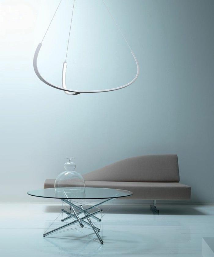 indirekte-beleuchtung-decke-kreatives-interieur-wohnzimmer