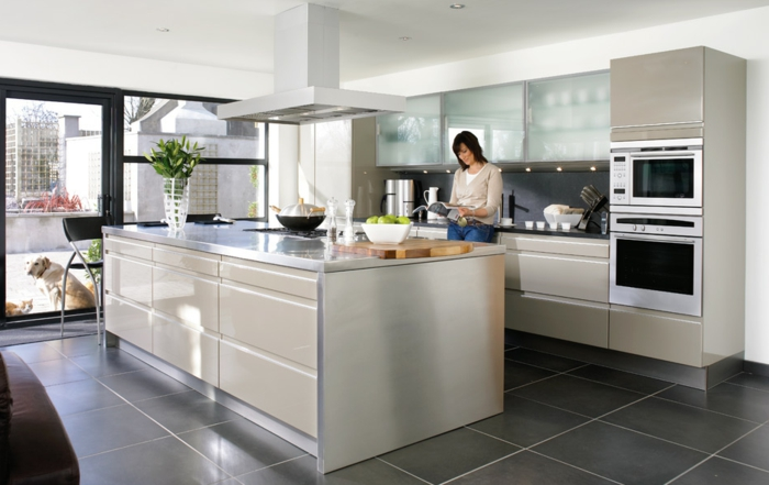 küchengestaltung-ideen-moderne-einrichtungsideen-weißes-design