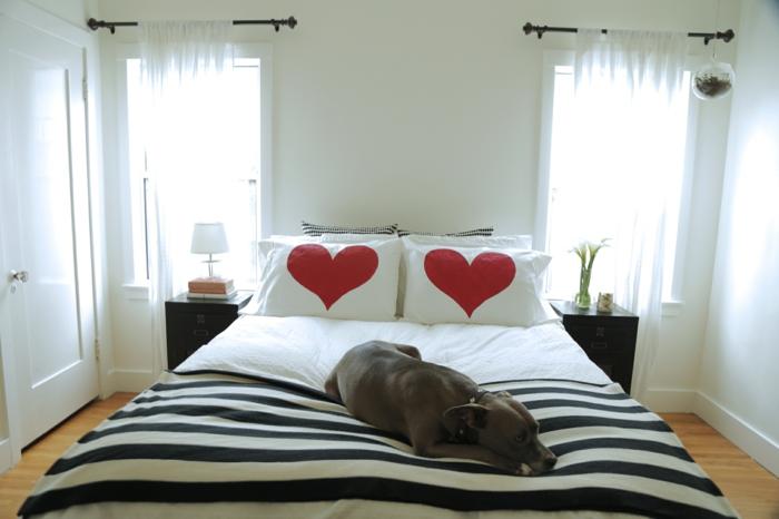 kissen selbst gestalten 42 originelle vorschl ge. Black Bedroom Furniture Sets. Home Design Ideas