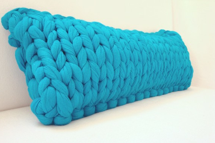 kissen-stricken-blaue-gestaltung-herrliches-aussehen