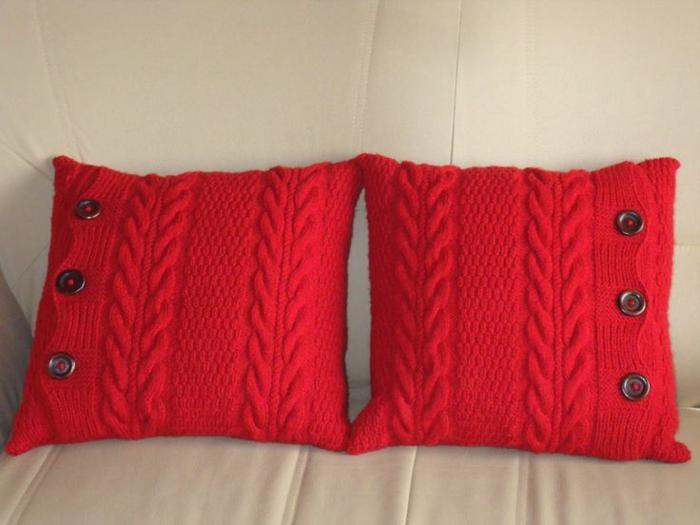 kissen-stricken-rote-schöne-modelle