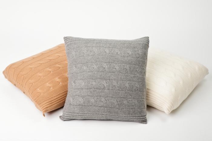 kissen-stricken-unikale-gestaltung-modernes-aussehen