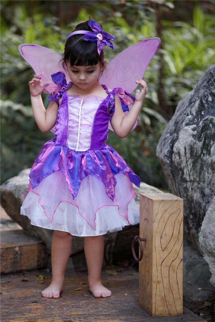 kleine-Fee-Feen-kostüm-lila-Farbe