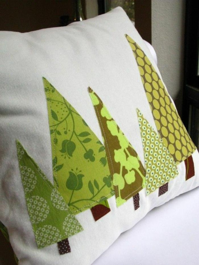 kreative-Kissenbezüge-Ideen-Weihnachten-Dekoration-Tannenbäume