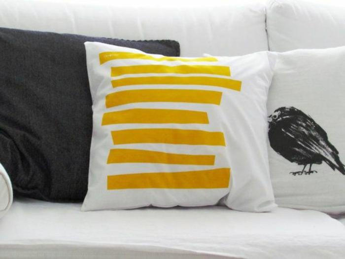 kreative-kissenbezüge-gelbe-Linien-Vogel-Muster