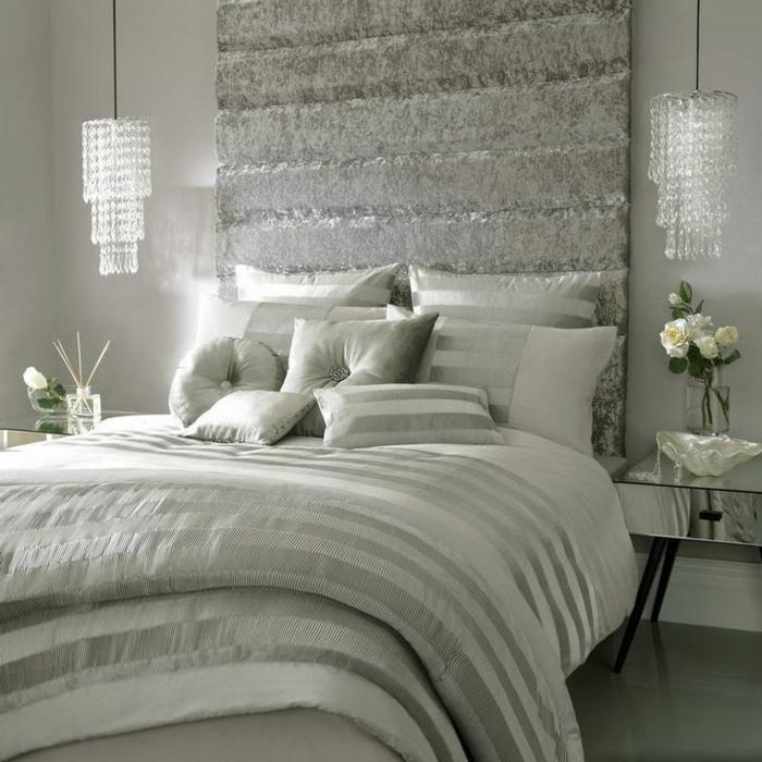 kronleuchter-in-weiß-einmaliges-schlafzimmer-gestalten