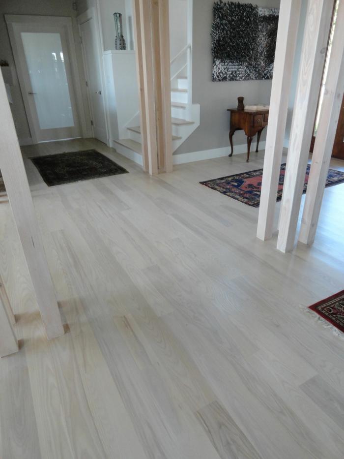 laminat-in-weiß-einmaliges-ambiente-in-der-wohnung
