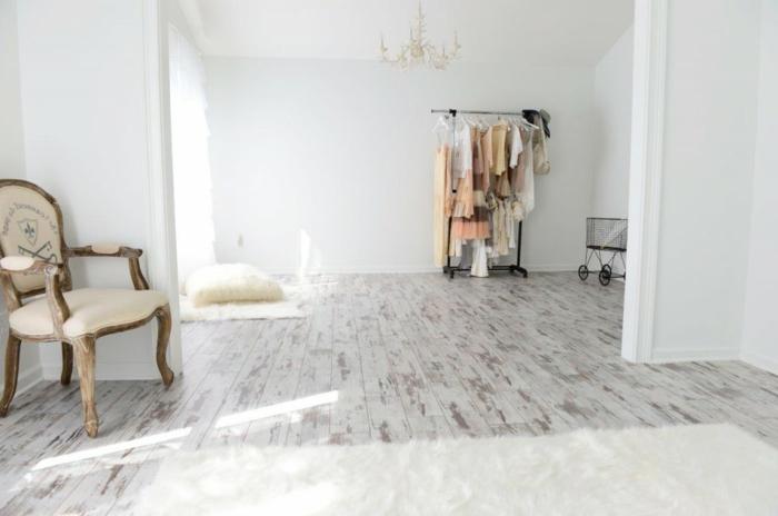 laminat-in-weiß-sehr-interessantes-aussehen-gemütliches-zuhause