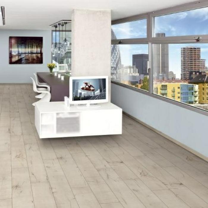 laminat-in-weiß-sehr-kreative-gestaltung-von-wohnzimer