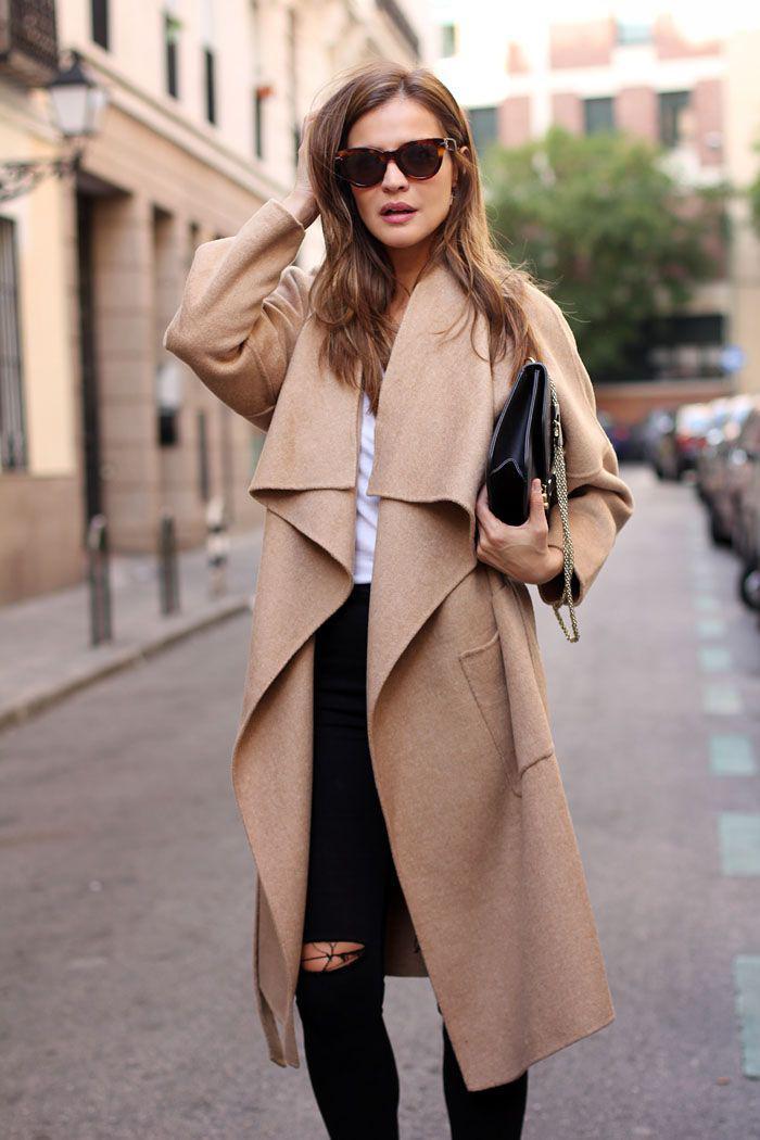 langer-Damen-Mantel-Karamell-Farbe-elegante-Vision
