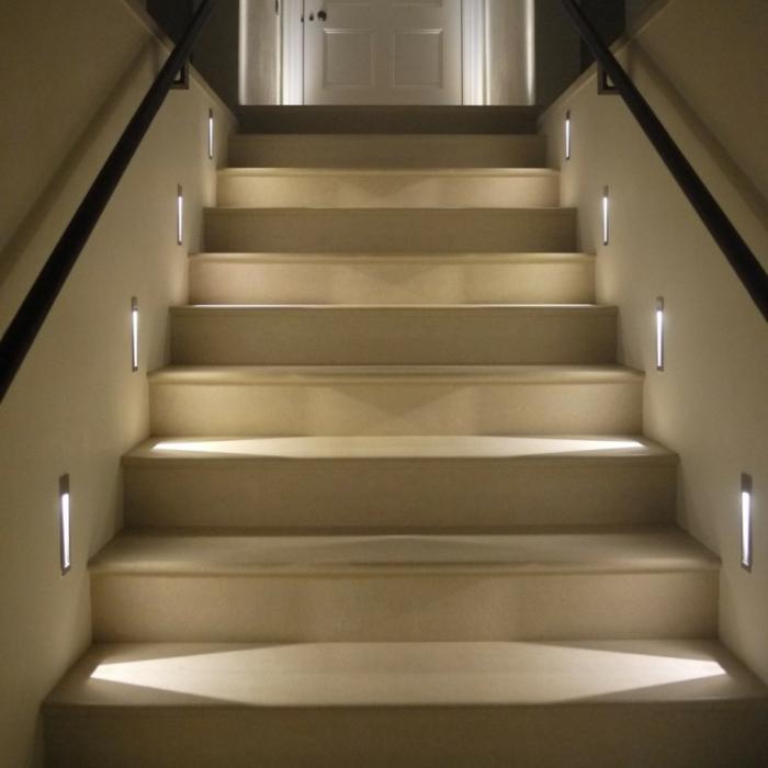 led-treppenbeleuchtung-elegante-ausstattung-beige-farben