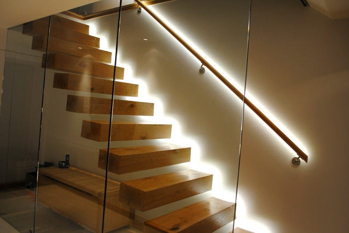 led-treppenbeleuchtung-sehr-einfaches-interieur