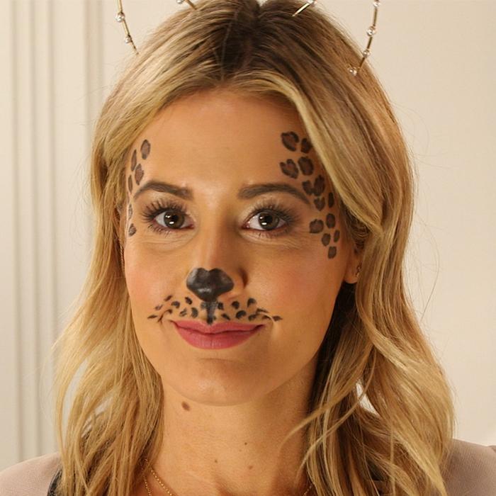 leopard-gesicht-schminken-süßer-look-blonde-frau