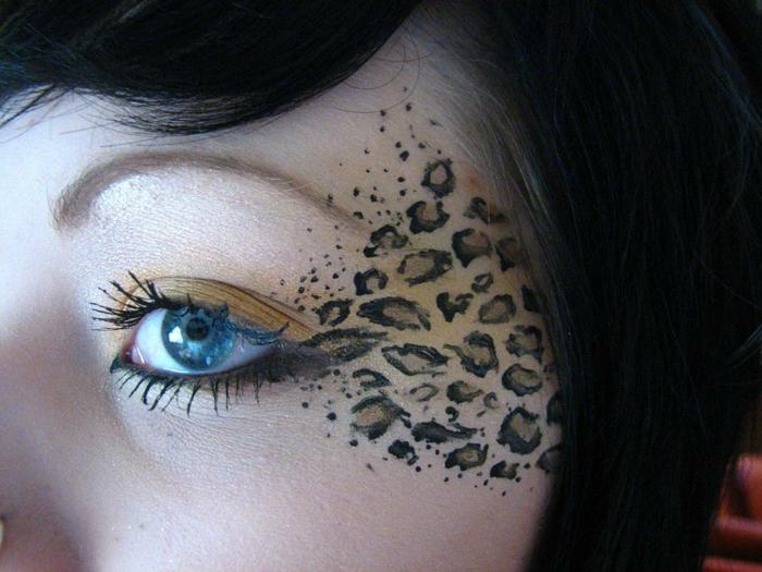 leopard-gesicht-schminken-schwarze-haare-blaue-augen