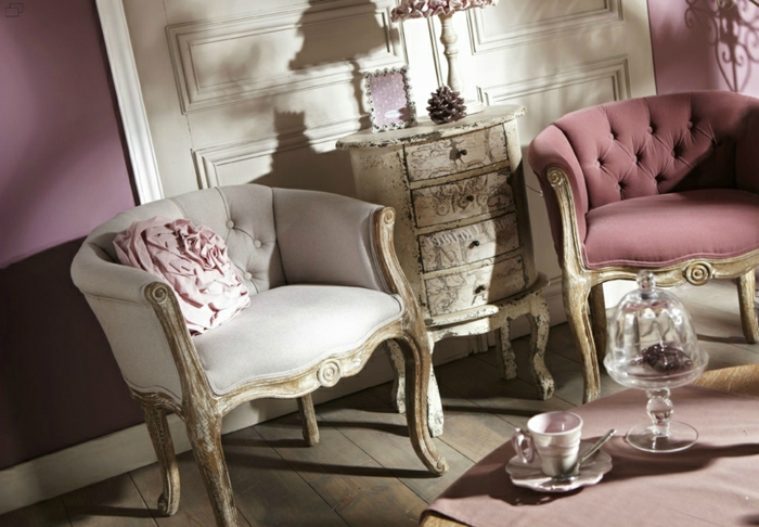 loungesessel-Samt-Knöpfe-Barock-Design-elegantes-Interieur-shabby-chic-Elemente-rosa-Nuancen