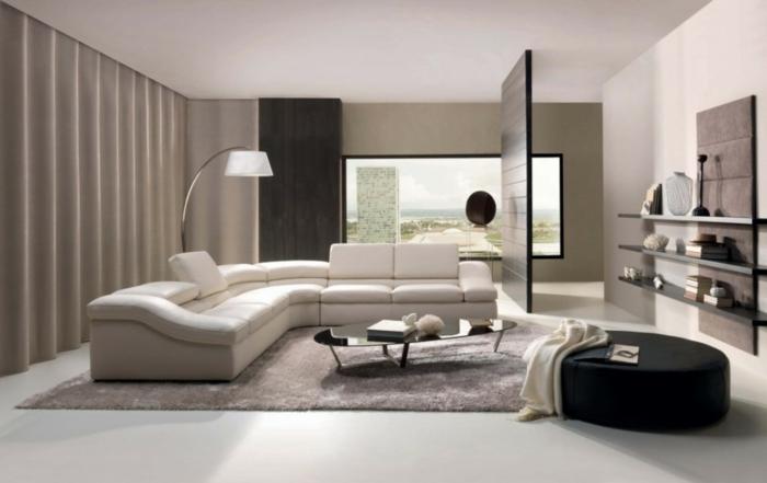 minimalistisches-Interieur-weiße-graue-schwarze-Elemente-elegante-leseleuchte