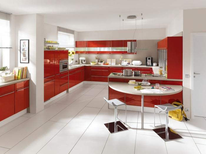 moderne-schicke-essgruppe-luxus-küche