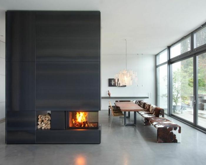 panorama-kamin-modernes-und-schönes-zuhause