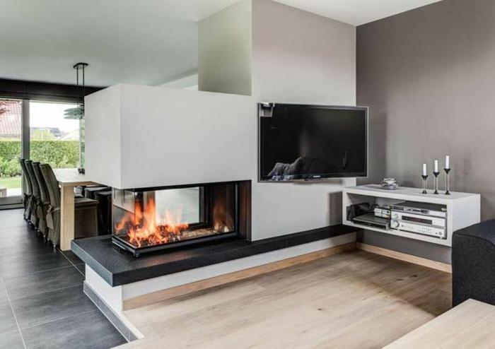 panorama-kamin-weiße-minimalistische-gestaltung