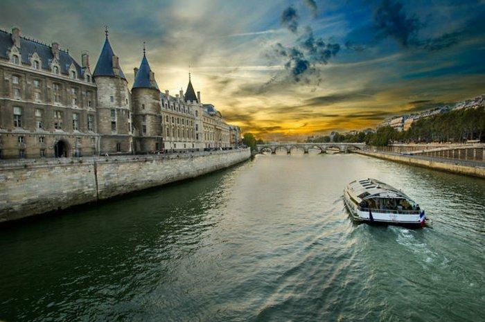 paris-urlaub-tipps-Die-Seine-fluss