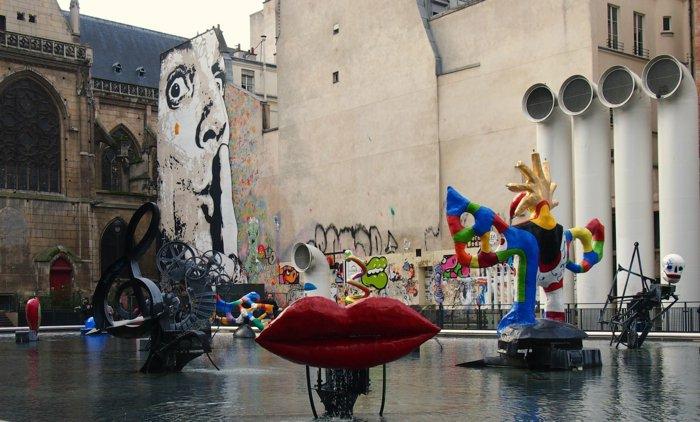 paris-urlaub-tipps-Graffiti-Der-Strawinski-Brunnen-Igor-Strawinski-Platz