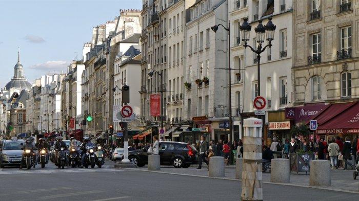 paris-urlaub-tipps-auf-die-straße