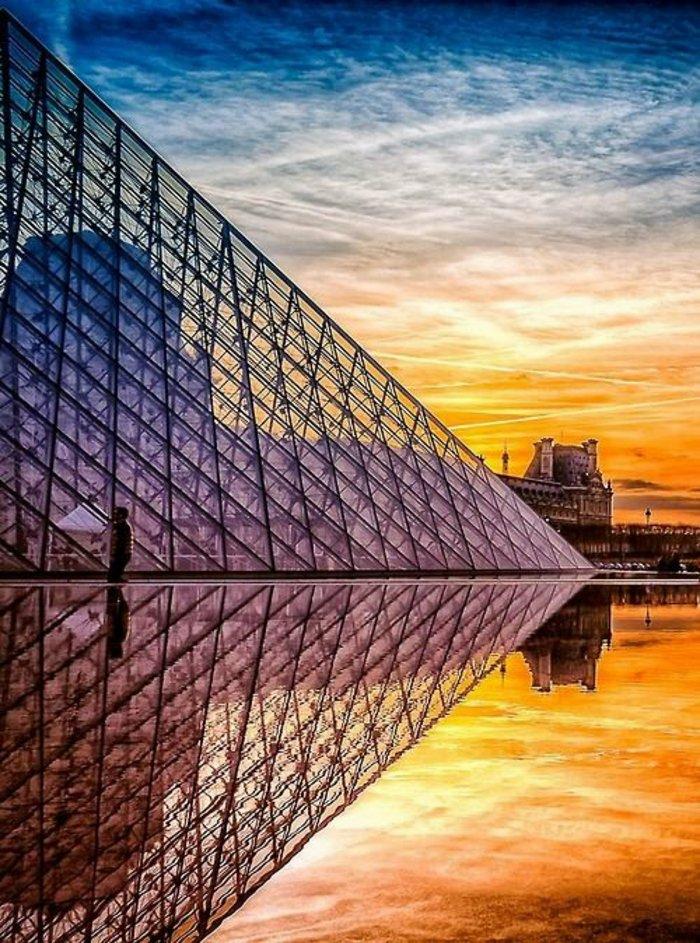 paris-urlaub-tipps-die-Pyramide