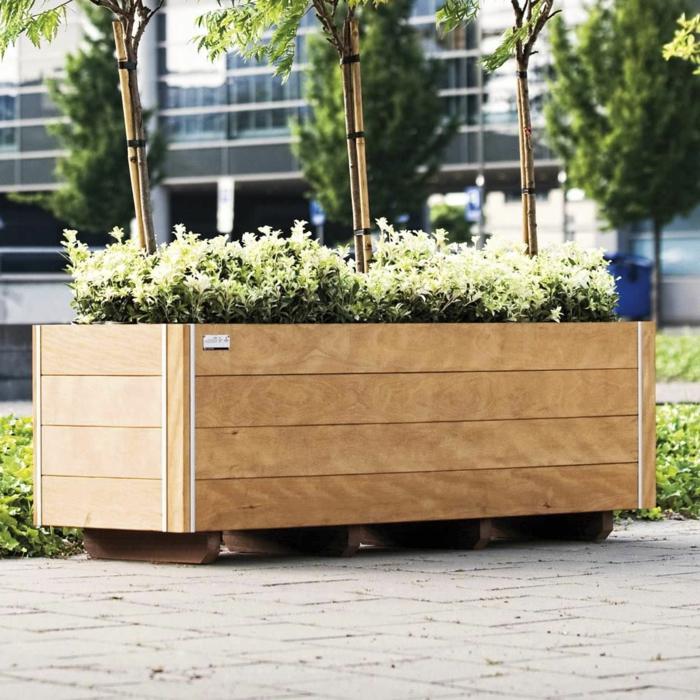 Pflanzkubel Aus Holz Fur Eine Rustikale Gestaltung Archzine Net