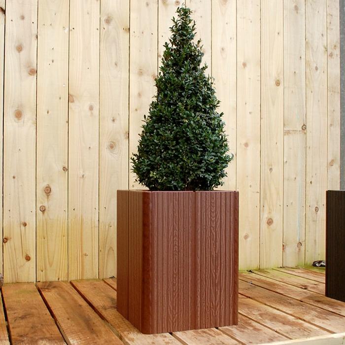 pflanzkübel-eichenholz-traditionell