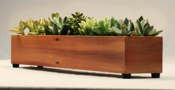 Pflanzkübel aus Holz für eine rustikale Gestaltung - Archzine.net