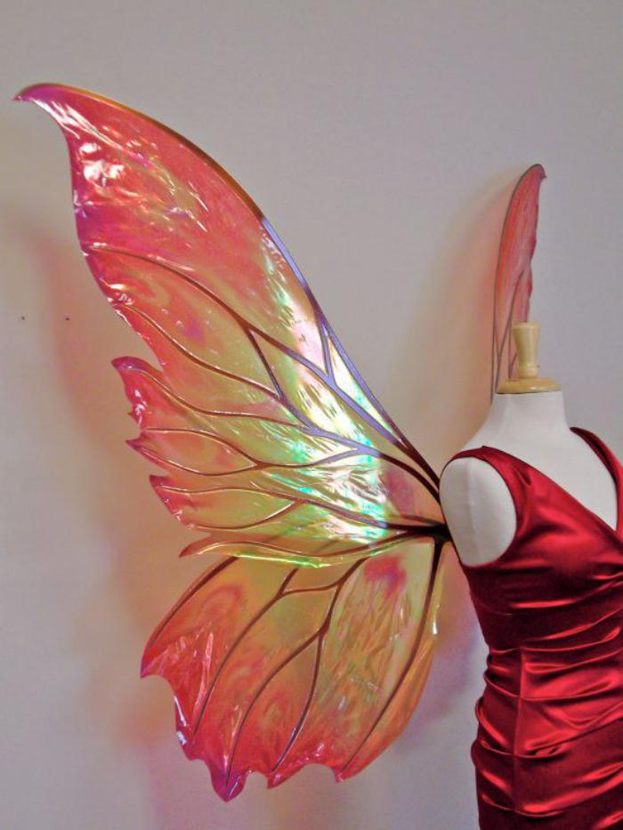 prinzessin-kostüm-damen-rotes-Kleid-kokette-Flügel
