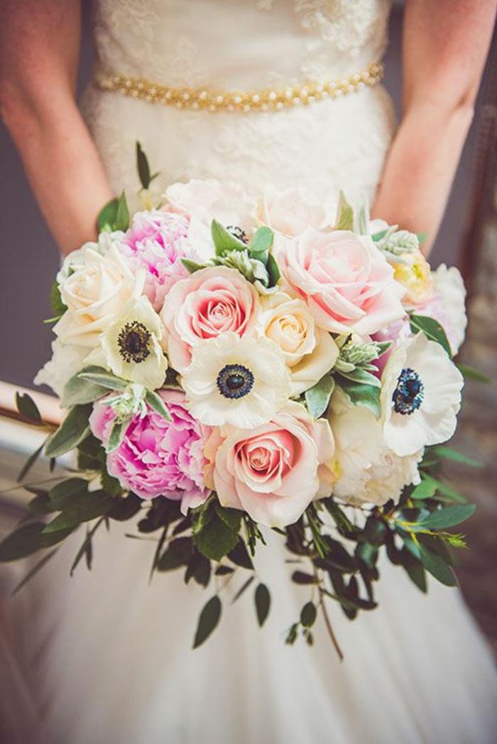 süße-brautstrauss-Idee-für-eine-romantische-Hochzeit