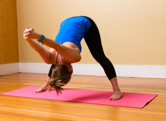 schöne-und-nützliche-yoga-übungen-für-änfänger
