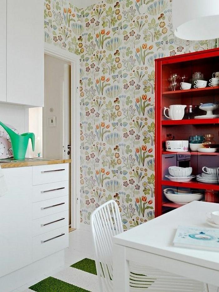 schlichtes-Küchen-Interieur-schöne-vintage-Tapeten