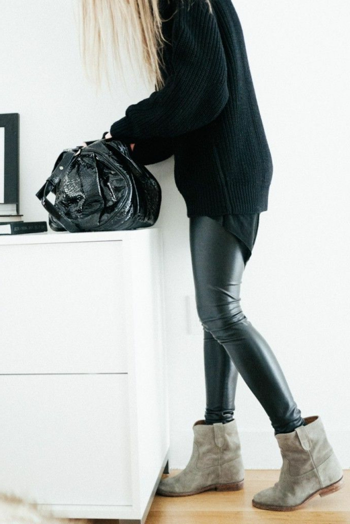 schwarzer-Pullover-Leggings-coole-Kombination
