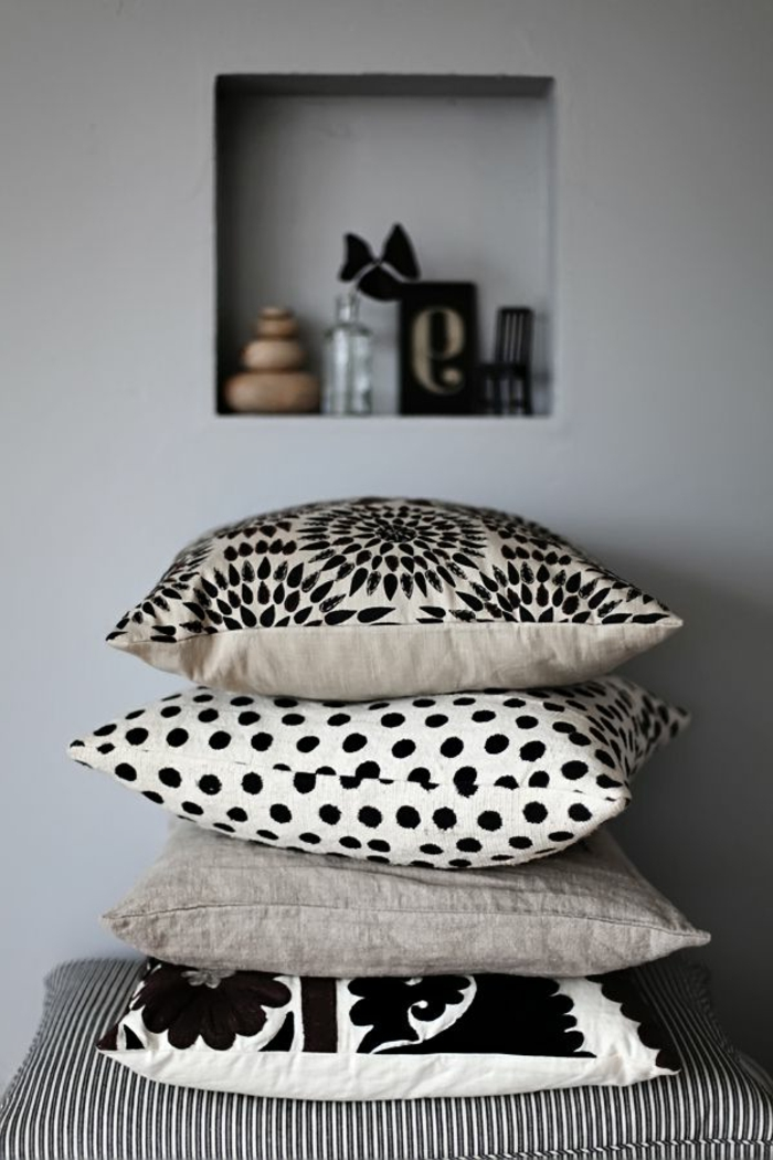 skandinavische-Modelle-schwarz-weiße-Kissenbezüge