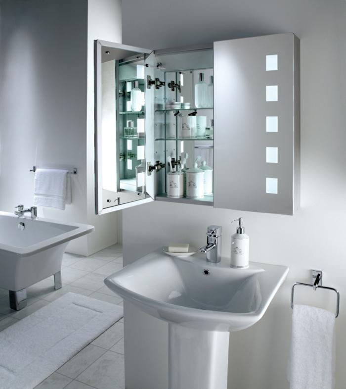 spiegelschrank-bad-mit-beleuchtung-modernes-aussehen-weiße-gestaltung