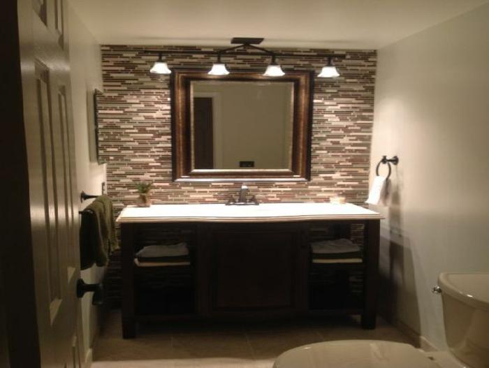 spiegelschrank bad mit beleuchtung unikales design luxuri s. Black Bedroom Furniture Sets. Home Design Ideas