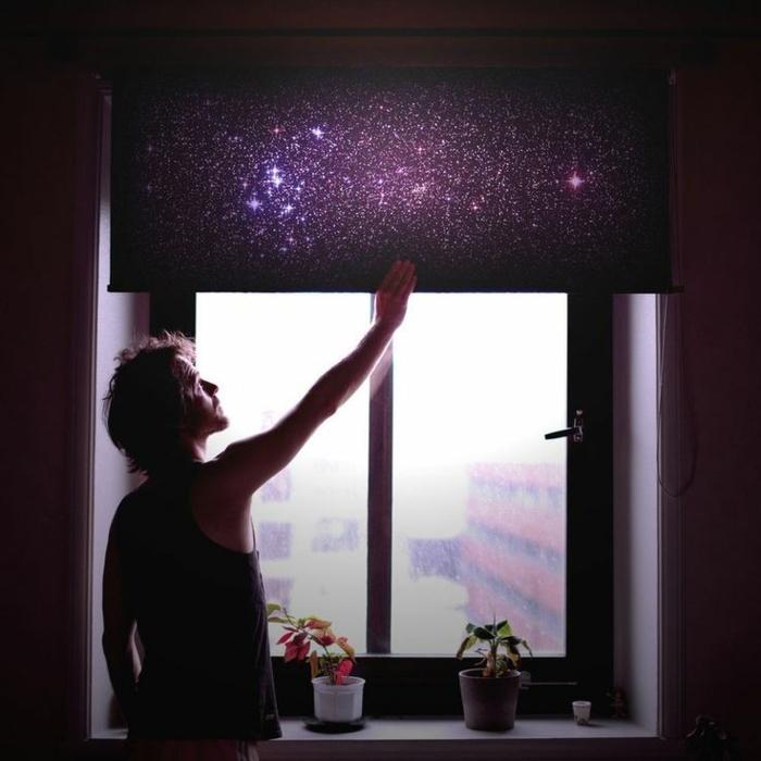 sternenhimmel-aus-led-wunderschöne-lila-jalousien