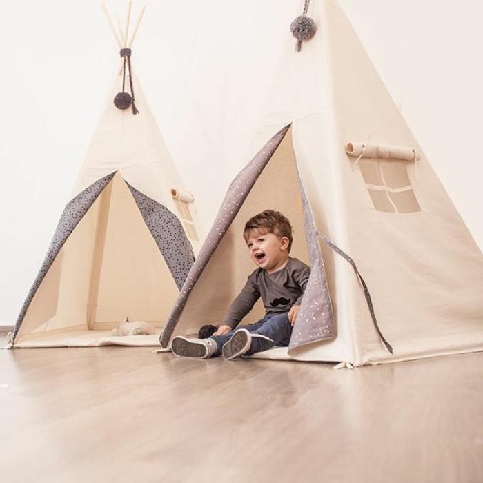 tipi-zelte-im-Kinderzimmer-Kind-Spaß-haben